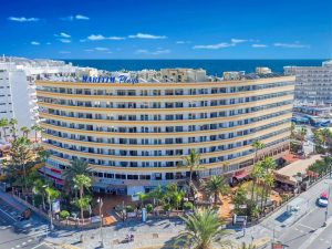 Christmas market by Hotel Maritim Playa