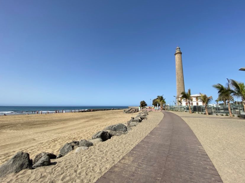 Illuminating Maspalomas for 131 Years